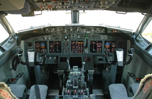 Cockpit do 737 NG