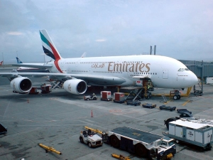 Emirates-Airbus A380, foto:Uploader.