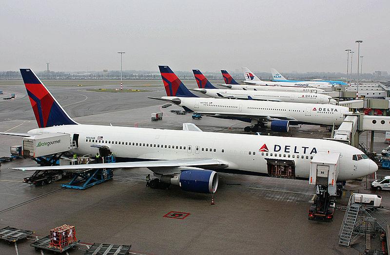Resultado de imagem para avião da delta airlines são paulo-NY